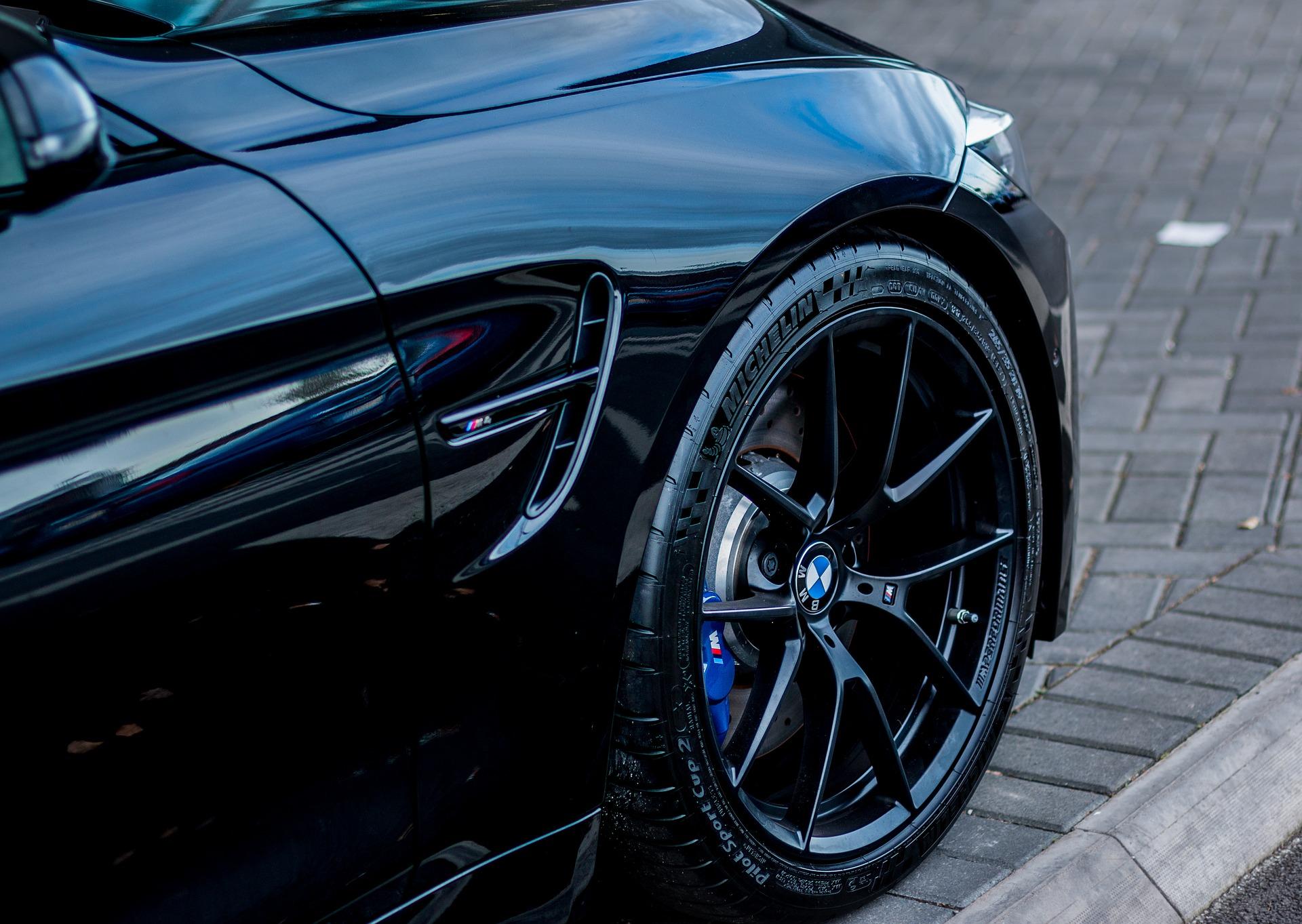 Egyéb felnit keres BMW autójához? Alufelni garnitúra BMW 3 5 7 X1 X2 X3 X5